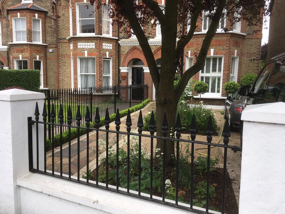 Greenwich Front Garden